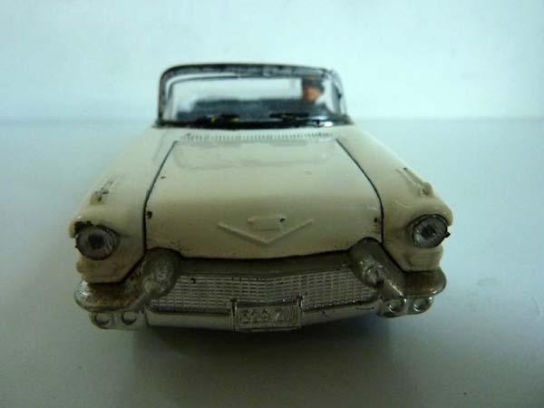 Solido 4500 cadillac eldorado biarritz 1957 eisenhower 1 43 avec chauffeur - Mondial relay nantes ...